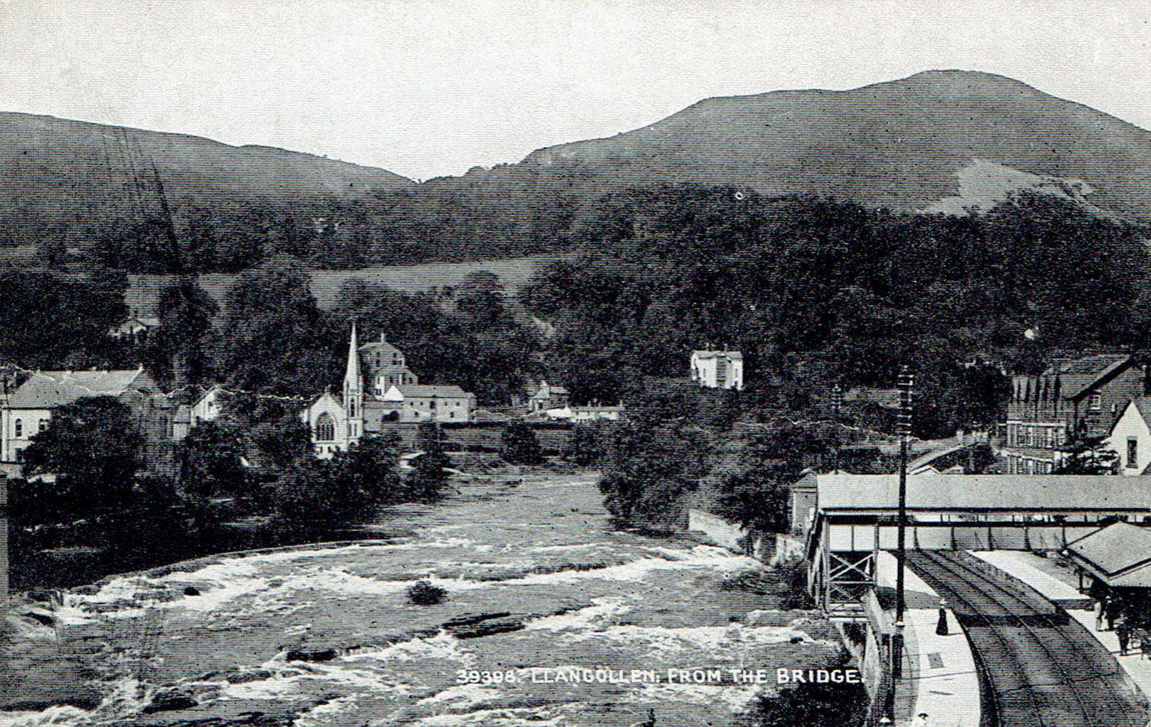 Llangollen from the bridge